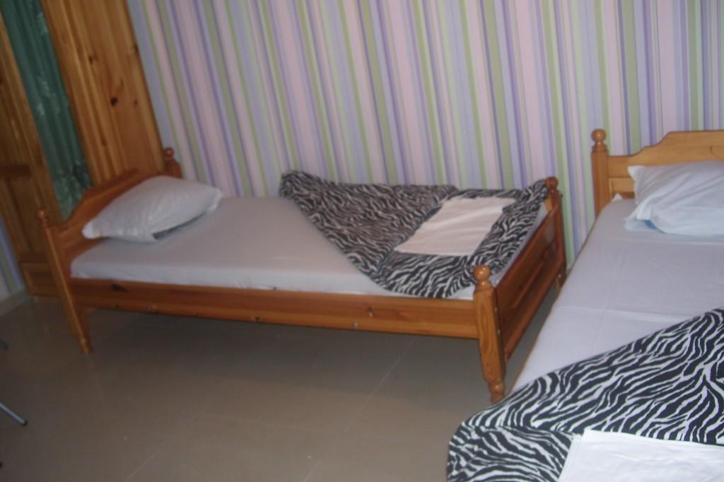 Стая за трима ,Созопол,къща за гости Деница