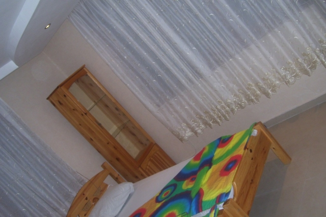 Квартири в Созопол,къща за гости Деница