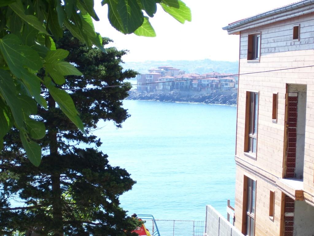 Созопол,стаи ,къща за гости Деница ,изглед към морето